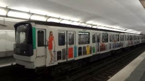 Linea 3 metro tren