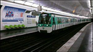 Linea 8 metro tren