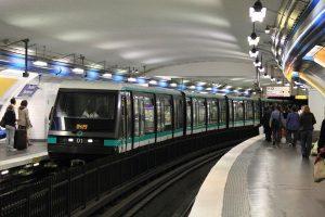 Tren linea 4